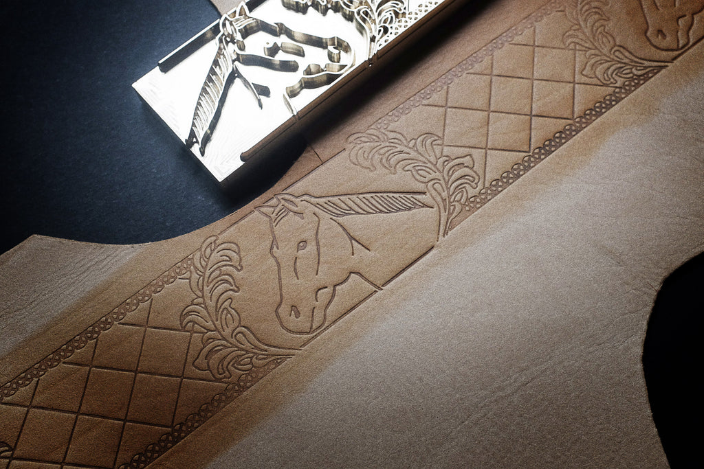 Order a custom-stamp for your leather project on AM-leathercraft.com