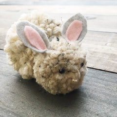 Social Crafts DIY Tutorials - Pom Pom Bunnies