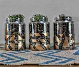 Social Crafts Events : DIY Painted Succulent Jars