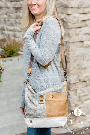 Buttercup Shoulder Bag