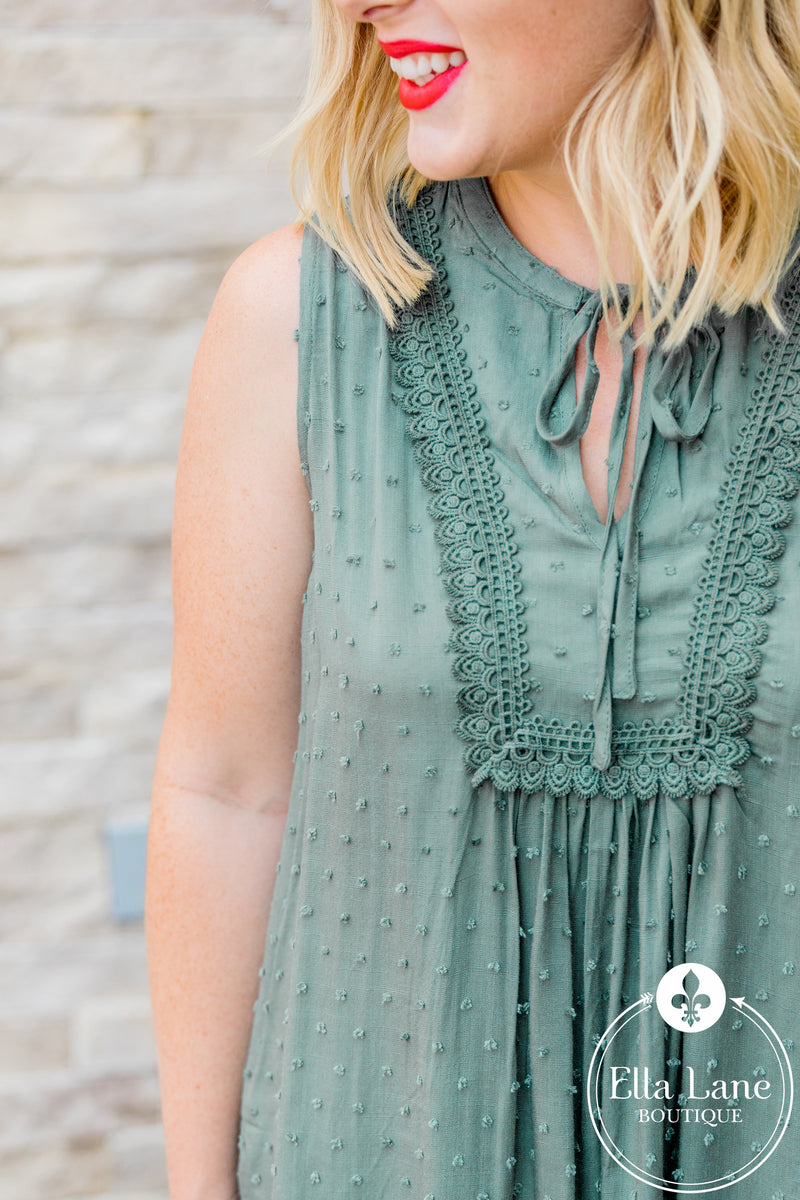 Kelly Sleeveless Blouse - Olive