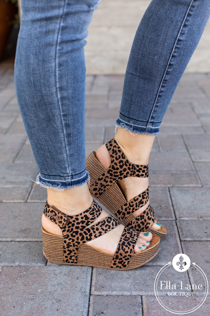 Blowfish Leelee Wedge Sandals - Caramel Leopard