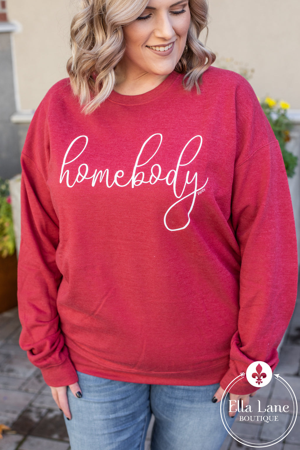 Homebody Pullover Sweatshirt - Red