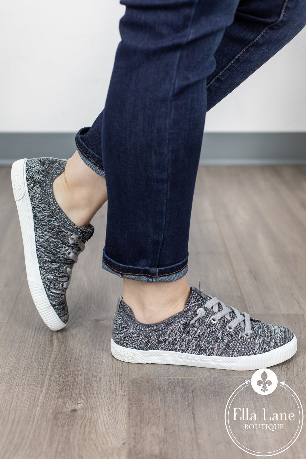 Free Spirit Sneakers - Heathered Grey Flyknit