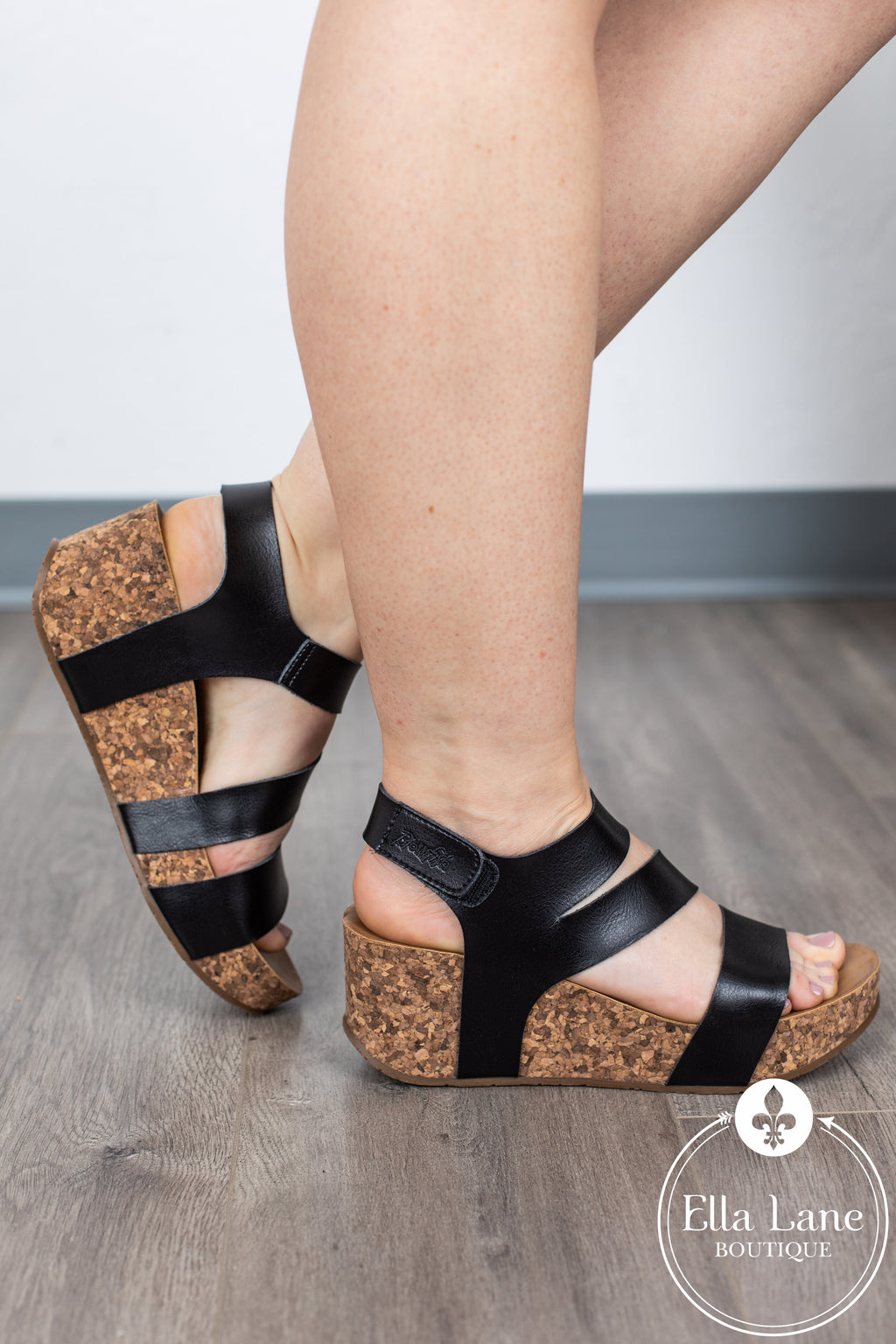 LeeLee Wedge Sandals - Black