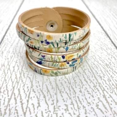 Sliced Leather Cuff - Springy Cork