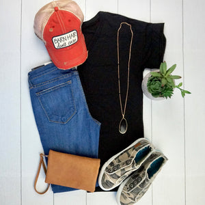 V-Neck Pocket Tee - Black