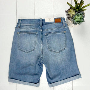 JB Cuffed Bermuda Shorts - Light