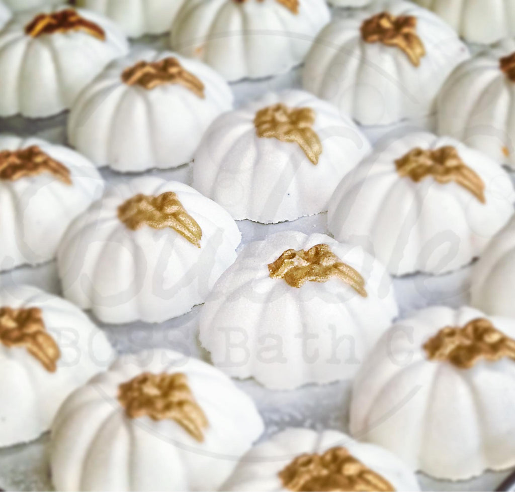 Farmhouse Pumpkin Bath Bomb