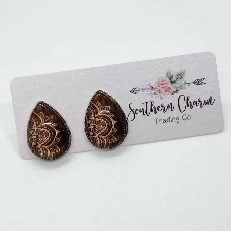 Teardrop Studs - Tan Flower- FINAL SALE