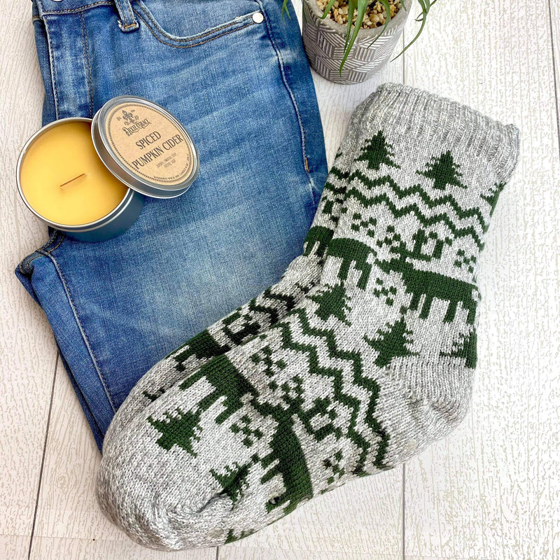 DOORBUSTER Holiday Socks - Green