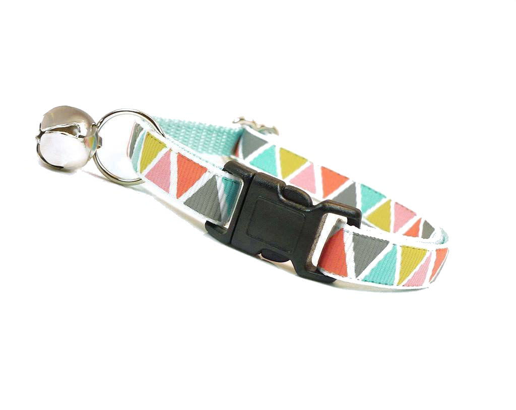Pastel Triangle Collar