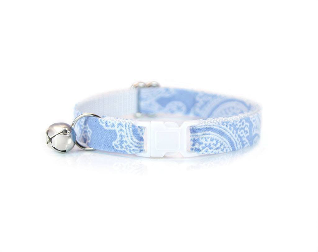 Blue Eyes Collar