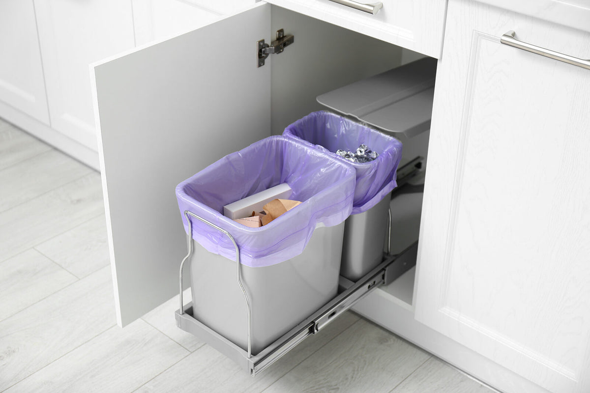 How to line a rubbish bin without a plastic bag