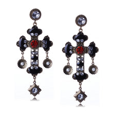 Load image into Gallery viewer, SAANVI Earrings by MAYA