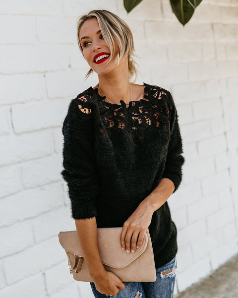 Elliana - Floral Lace Detail Pullover
