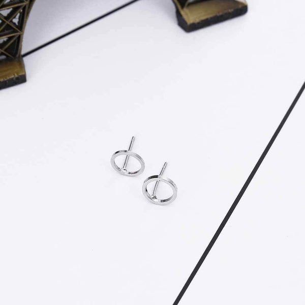 Delicate Circle Stud Earrings