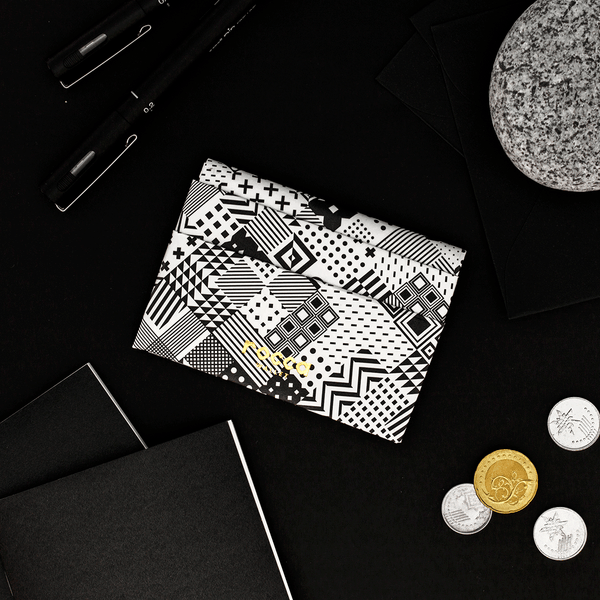 Quick Flip Wallet - Black Geometric