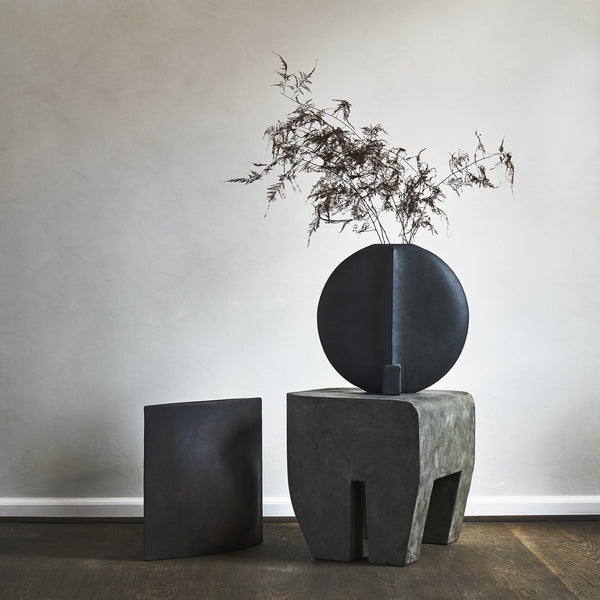 Sculpt Stool - Concrete