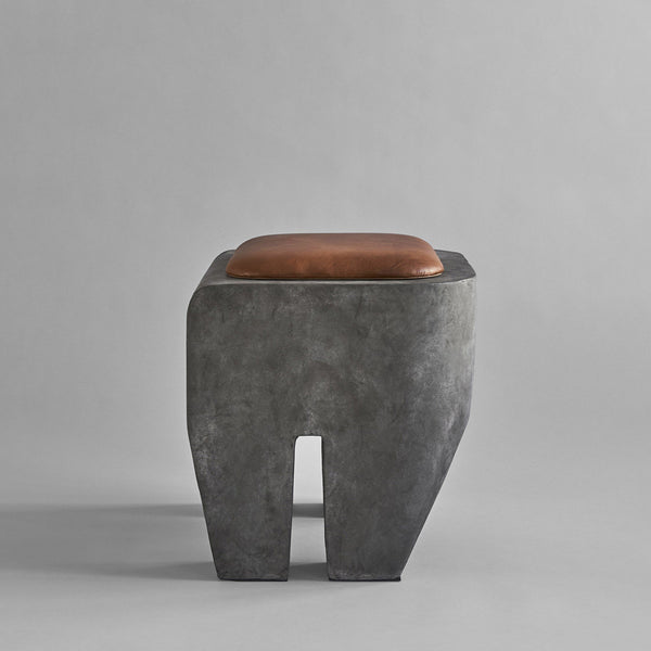 Sculpt Stool - Concrete - 101 CPH