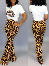 Load image into Gallery viewer, Leopard Lip Tee & Pants Set