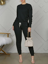 Load image into Gallery viewer, Solid Sweatshirt & Ruched Pants Set