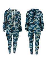 Load image into Gallery viewer, Plus Size Camo Hoodie & Pants Set
