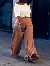 Load image into Gallery viewer, Pleated Wide-Leg Pants