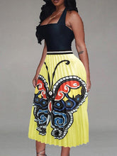 Load image into Gallery viewer, Butterfly Pleated Skirt