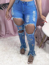 Load image into Gallery viewer, Ripped Slit Jeans
