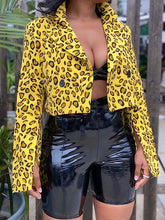 Load image into Gallery viewer, Cropped Leopard Blazer