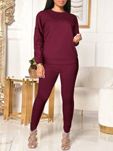 Load image into Gallery viewer, Solid Sweatshirt & Pants Set