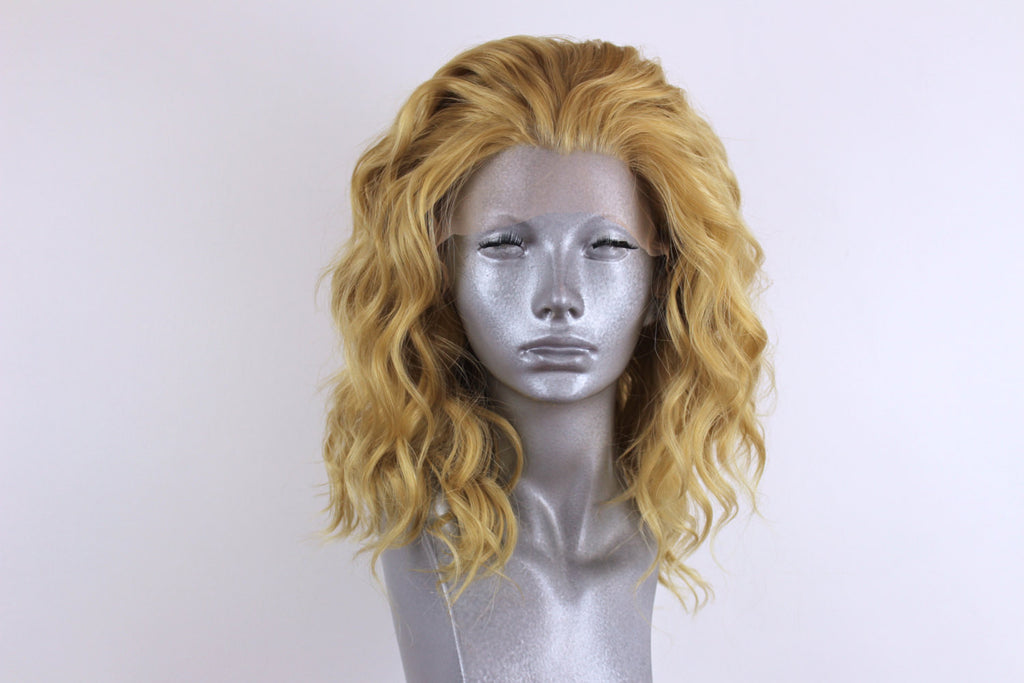 Elle Golden Blonde Webster Wigs