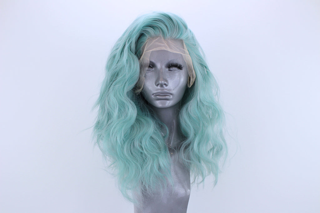 Luna- Metallic Mint