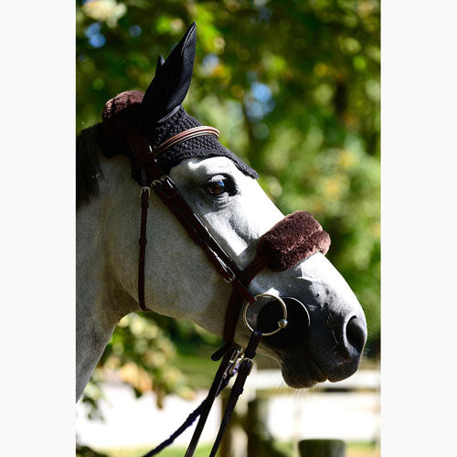 Kentucky Horsewear sheepskin noseband brown
