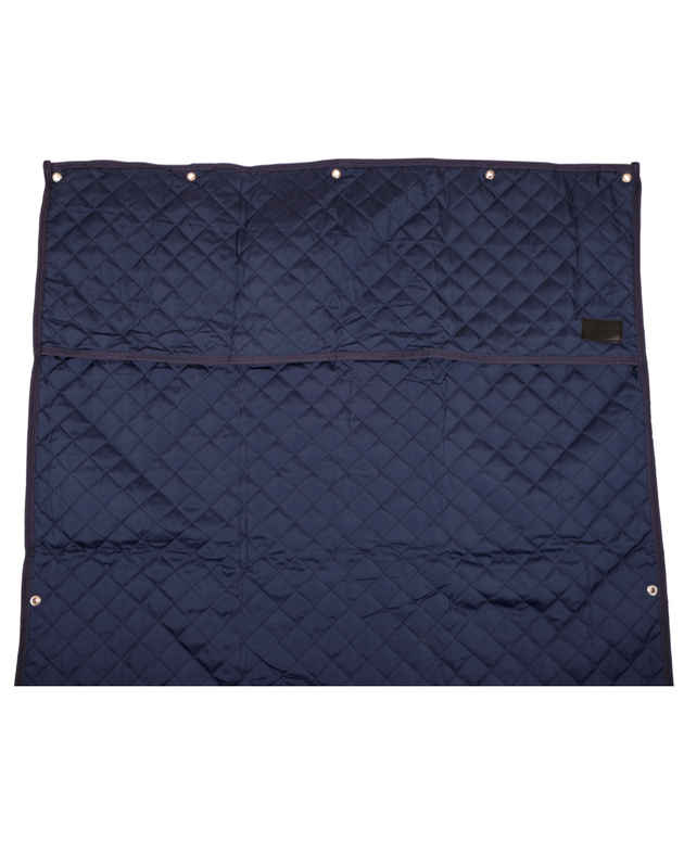 Montar Stable Curtain
