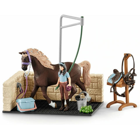 Schleich Horse Club Washing Area with Emily & Luna 42438 Schleich 2019 Schleich new releases 2019