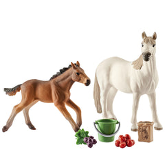 Special Edition Mustangs in the pasture  Schleich 42390