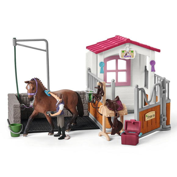 Schleich Exclusive Wash Area with Horse Stall-42404-Animal Kingdoms Toy Store