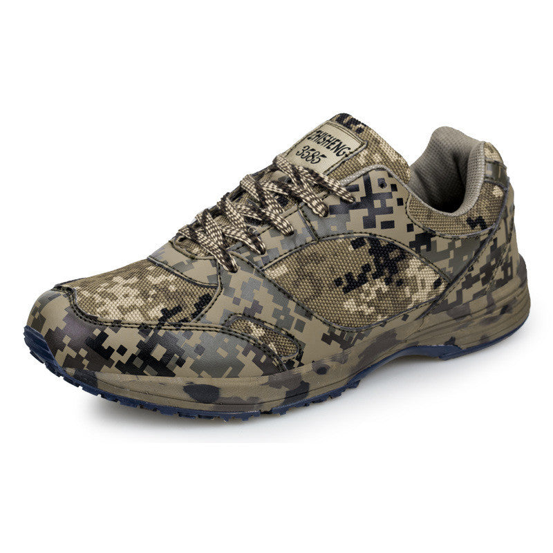 7559650ee8a3 Sports Outdoor Camouflage Runner Shoes Combat Sports Shoes Desert Running  Shoes Military Training Cotton Sneakers Shoes For Men