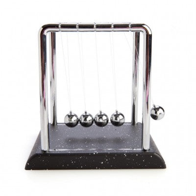 newtons cradle - large