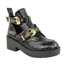 CHUNKY ANKLE BOOTS CROC SIDE
