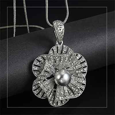 Art-Deco-Flower-Pendant-Pearl-Necklace - mayfairtrends