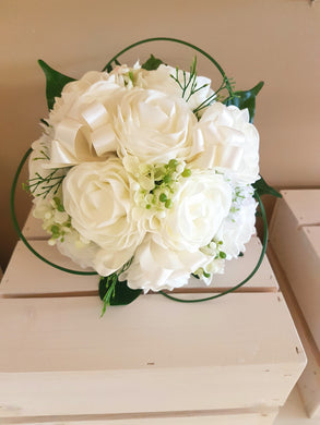 APRIL - Luxury ivory foam rose bouquet