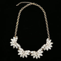Luxury Crystal Flower Necklace Gold NWOT