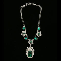 Luxury Crystal Necklace Silver/Green NWOT