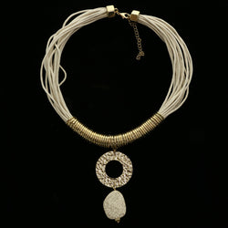 Luxury Semi-Precious Hammered Finsish Necklace Gold NWOT