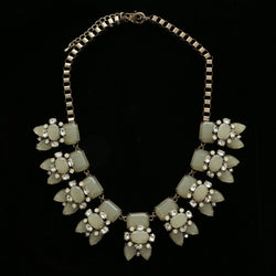Luxury Crystal Antiqued Necklace Gold & White NWOT