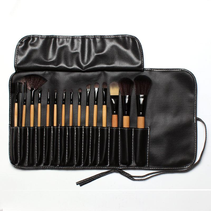 Masterpiece Makeup Brush Set - 15 pcs - essential.merch