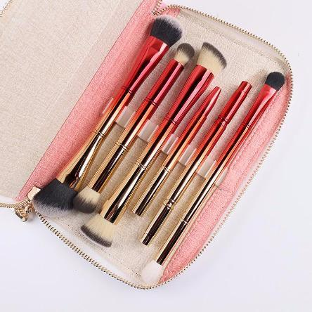 Double Duty Travel Makeup Brushes